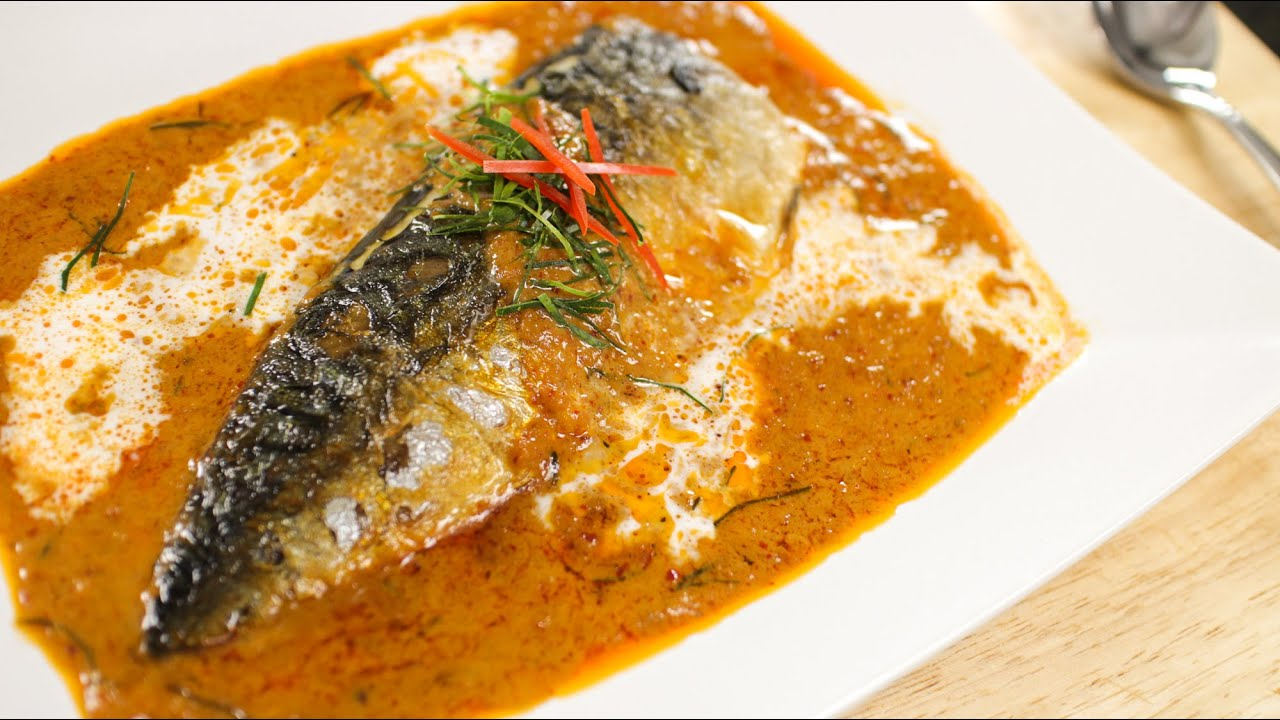 mackerel in thai red curry recipe (choo chee) ฉู่ฉี่ - hot thai