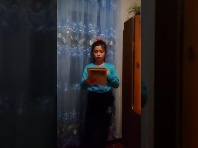 Изображение предпросмотра прочтения – ВасилинаГоликова читает произведение «Декабрьское утро (На небе месяц – и ночная…)» Ф.И.Тютчева