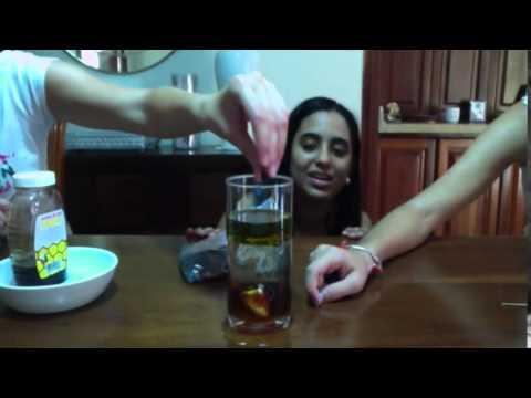 Experimento con miel, aceite y agua. - YouTube