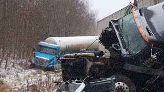 30 VEHICLE MAJOR PILE-UP I-80 EASTBOUND