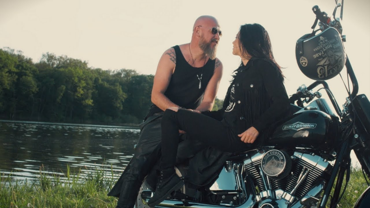 Trupa Zero feat Evelyn  - Pentru Totdeauna (Official Video) #1