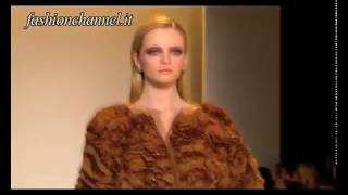 """Carolina Herrera"" Autumn Winter 10 11 New York 2 of 3 pret a porter women by FashionChannel"
