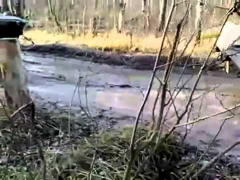 Extreme Machines, BTR 80 pulls BTR 80 out of the mud