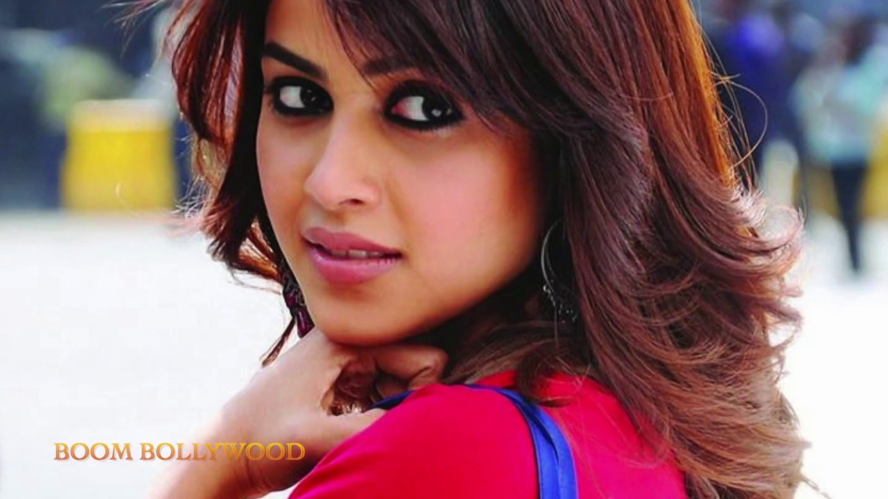Pictures of genelia in force
