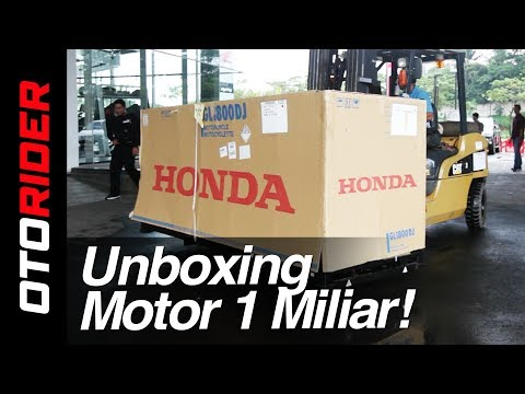 Unboxing Motor 1 Milyar! Honda Gold Wing 2018 Indonesia | Ot