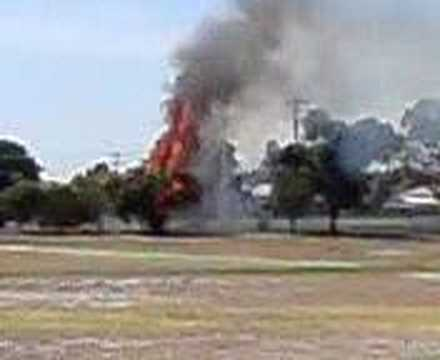 tree on FIRE! at horsham college in Australia victoria, its a rare video must watch