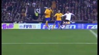 Валенсия – Барселона 1-1 гол Санти Мины