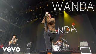 Wanda - Stehengelassene Weinflaschen (Live At Lollapalooza Berlin 2017)