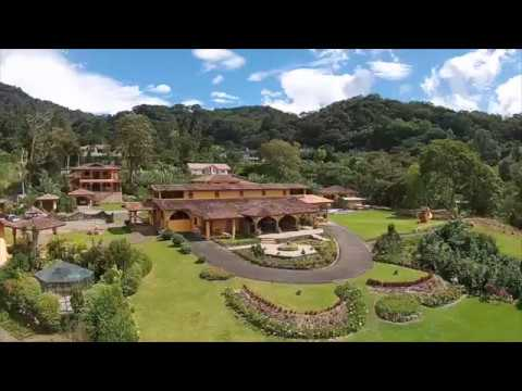 Discover Los Establos Boutique Inn in Boquete, Panama