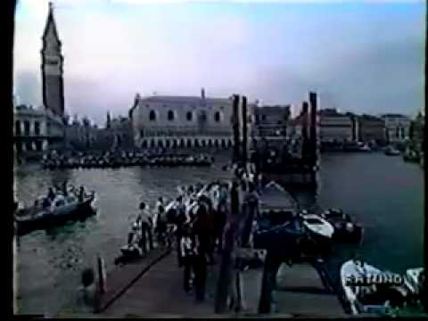 Pink Floyd - Venice - July 15th 1989 - Italian News Reports.