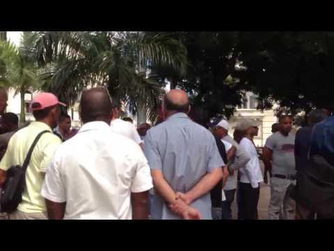 Arguing Baseball Havana-Style