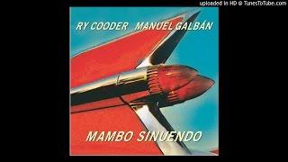 Ry Cooder & Manuel Galban - La Luna En Tu Mirada, 2003.