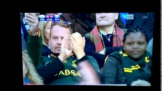 Heyneke Meyer, (South African Rugby Head Coach), counts on his fingers like a five year old.