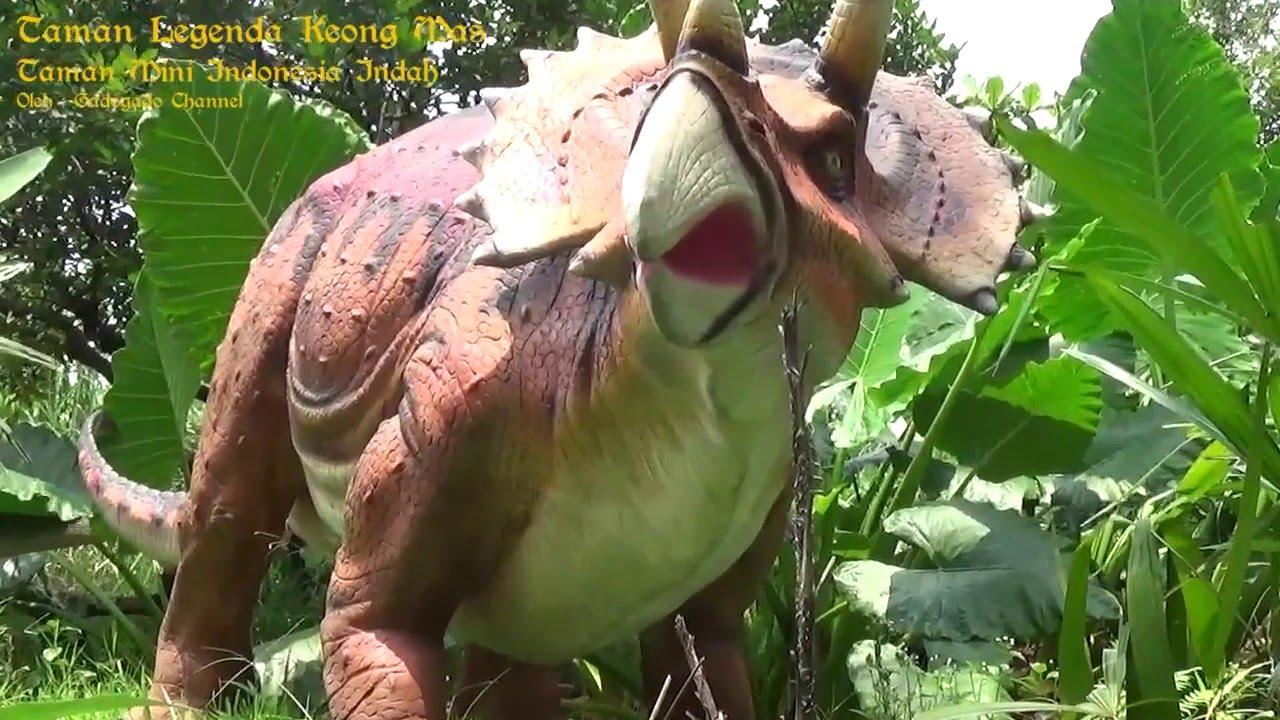 Wow Keren Petuangan Dinosaurus Di Taman Legenda Keong Mas Youtube