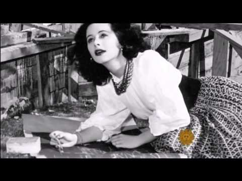 How 1940s Film Star Hedy Lamarr Helped Invent the Technology Behind Wi-Fi & Bluetooth During WWII
