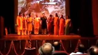 Desh Bhakti Geet (Patriotic Song)Taquat Vatan ki  .wmv