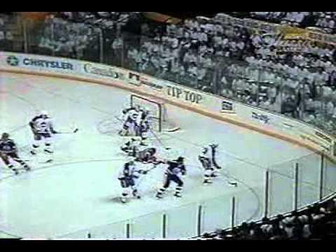 1990 Smythe Semi Final GM4 Jets vs Oilers (Part 2 of 3)