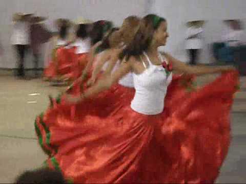 842466536b4ee Cairu 2009 (Dança turma 3005) México!!! PARTE 2 - YouTube