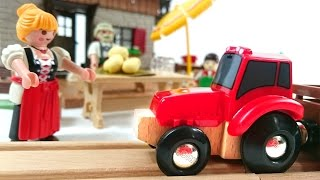 Поезд, трактор, машинки - Путешествие в деревню Брио - Игрушки Brio и Playmobil(Развивающее видео про поезда, трактор и машинки