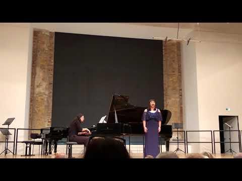 """Nacqui all'affanno...Non piu mesta Opera """"La Cenerentola""""(G.Rossini) - Mezzo-Soprano Heain Youn"""