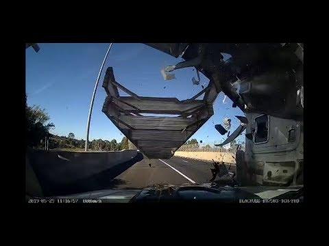 Australian Car Crash / Dash Cam Compilation 19