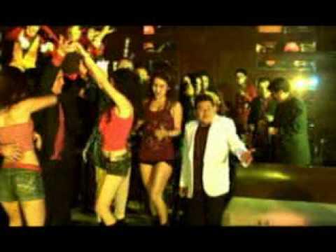 Dilbert Aguilar  - Sacude el billete / Videoclip