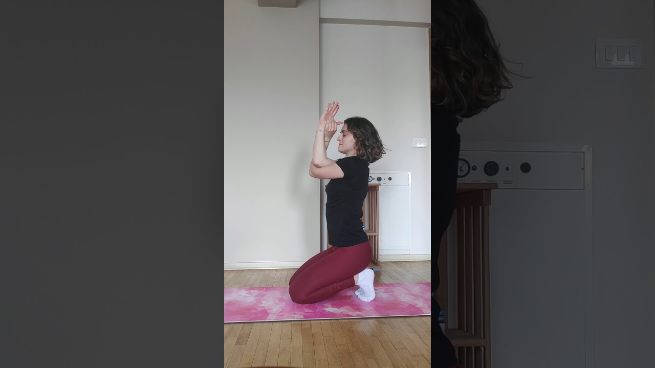 Yoga to help relieve neck and shoulders pain - YouTube
