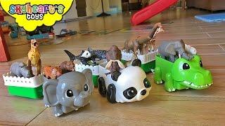 ANIMAL TRAIN RIDE - Takara Tomy Dinosaurs and wild animal toys kids zoo