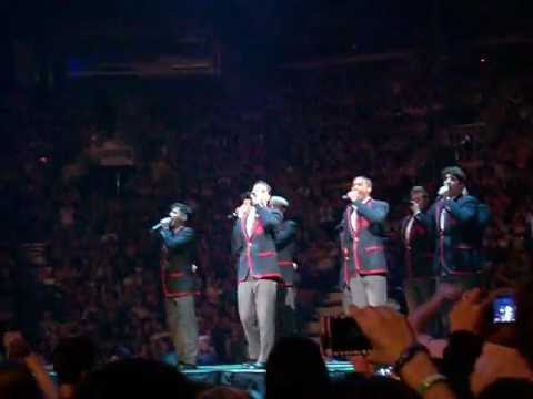 Teenage Dream/ Silly Love Songs/ Raise Your Glass - The Warblers