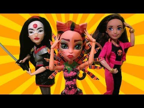 ДЕВУШКИ ТОРЫ ?! ОНИ ЛЕ*БИ ?! СТОП МОУШЕН - КАТАНА ИЛИ ЧИТА ? DC Super Hero Girls