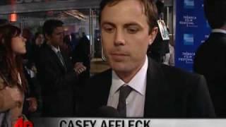 Affleck and Alba Defend 'Killer Inside' Violence