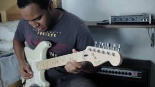 Fender Squier Deluxe Maple Pearl White Test