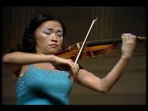 Mendelssohn, Violin Concerto 1st Mov by Solti&Chung Kyung Wha(1)Opening