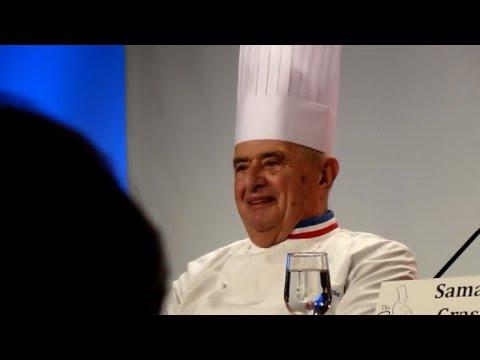 Morre papa da gastronomia francesa