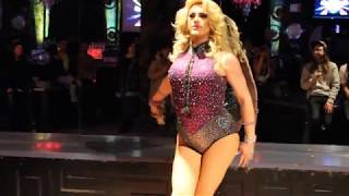 """Khloe - """"Let There Be Love"""" @ Berlin Nightclub Chicago 2/5"""