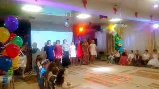 Виступ батьків на випускному в дитячому саду