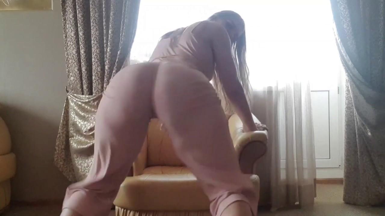 JuliaKul vape sexy twerk