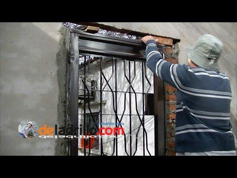 Cómo colocar una puerta sin tutores de escuadra