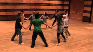 Repeat youtube video Dalcroze Eurhythmics Skipping Game with Greg Ristow