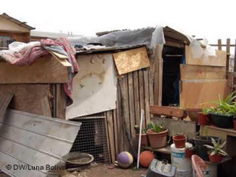 Casas de cart n en la nicaragua orteguista youtube - Casas para ninos de carton ...