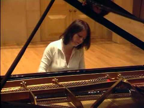 Valentina Igoshina - Chopin: Valse in C# minor (Op.64-2)