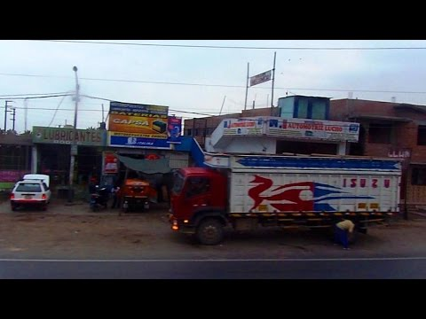 Scenes of real-life Peru from a bus