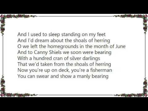 Ewan MacColl - The Shoals of Herring Lyrics