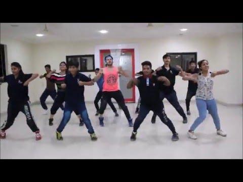 Baatein Ye Kabhi Na - Khamoshiyan Choreographed by Trilok Sir