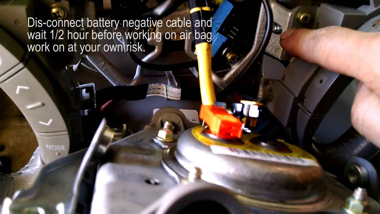 Steering Wheel Airbag Removal 2008 Toyota Sienna Youtube