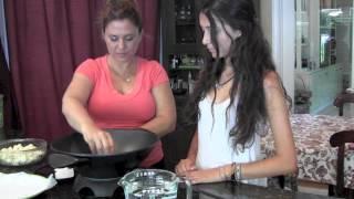 How To Make  A Cauliflower, Leek & Shallot Soup (non Dairy) Recipe   Mmgood.com