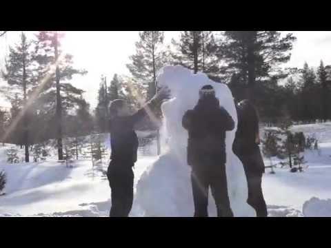 Making a snowman in Saariselkä, Lapland