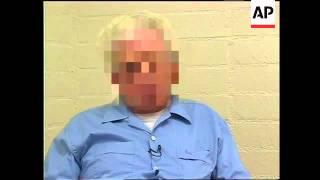 RR0210/B  USA: Sex Offenders