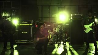 Minerva - Sin Respirar (Official Video)