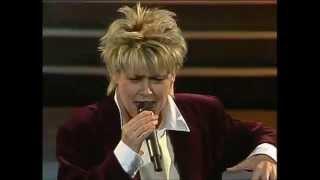 Wencke Myhre - Hei,hå, nå er jul igjen 1978 & Gitte Haenning - Julen inn 1988